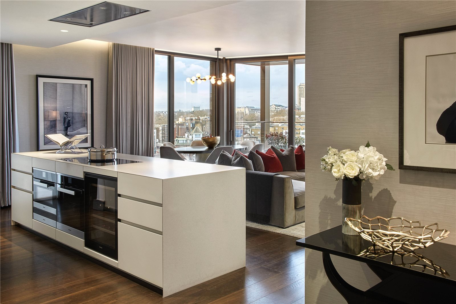Additional photo for property listing at Kings Gate Walk, London, SW1E London, Angleterre
