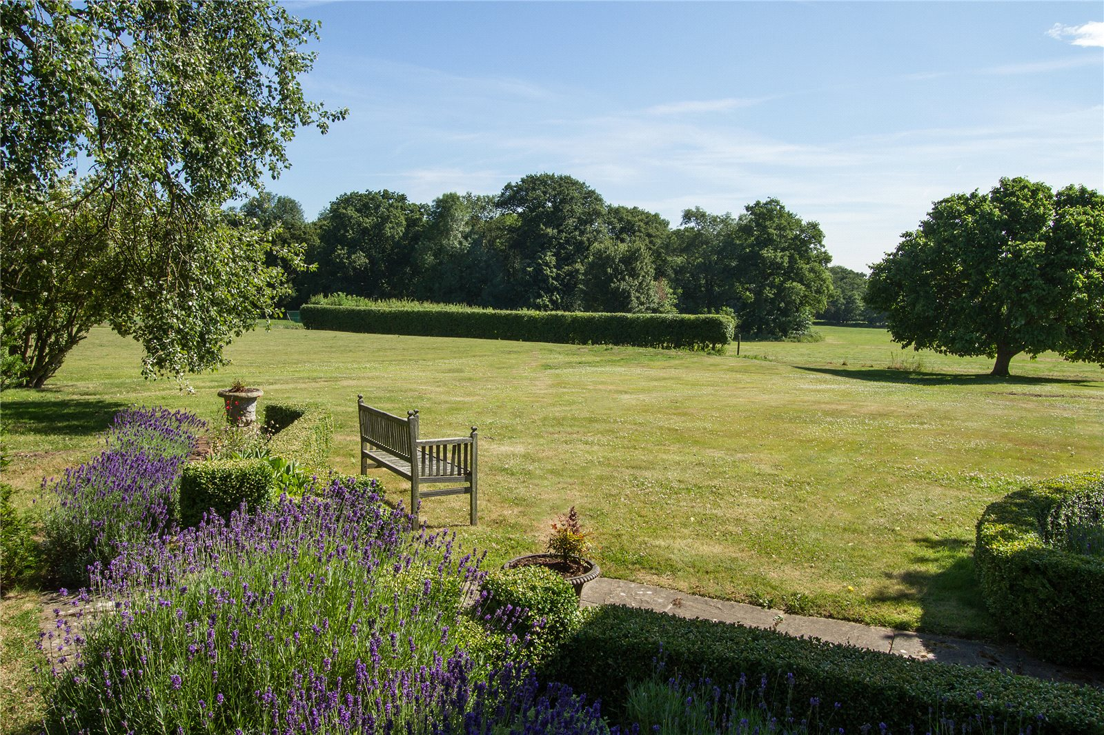 Additional photo for property listing at Hound Green, Hook, Hampshire, RG27 Hook, Anh Quốc