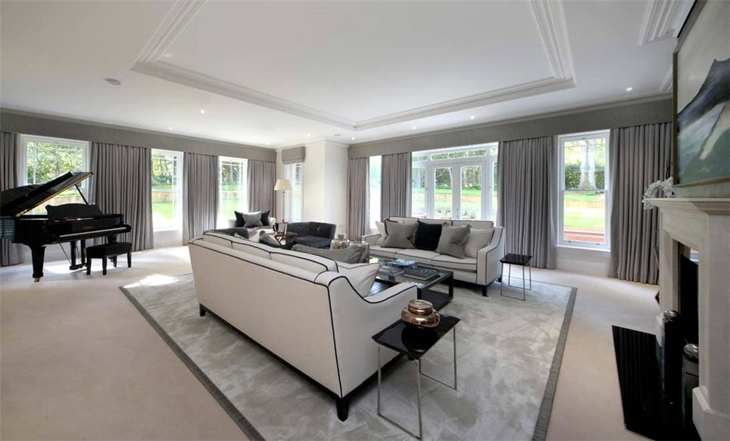 Additional photo for property listing at Titlarks Hill, Sunningdale, Berkshire, SL5 Sunningdale, 英格蘭
