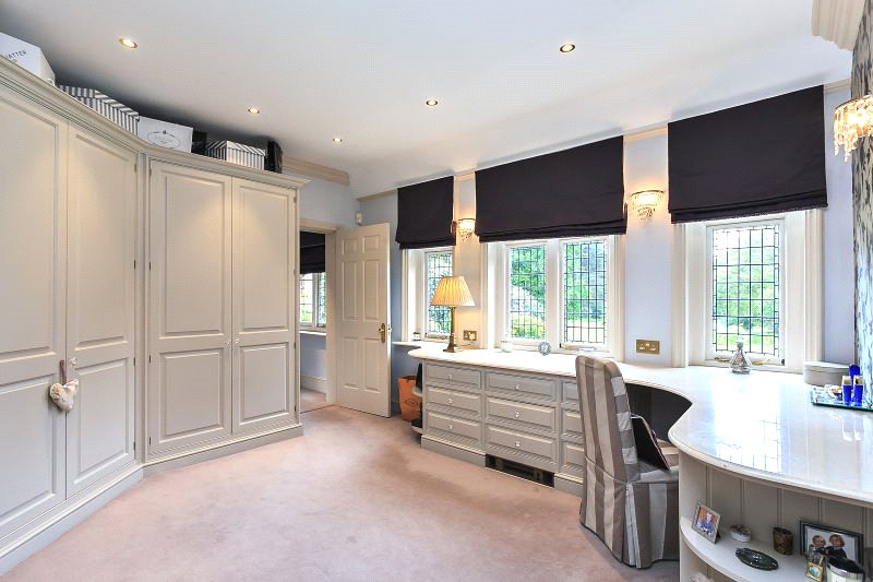Additional photo for property listing at Kings Ride, Ascot, Berkshire, SL5 Ascot, England