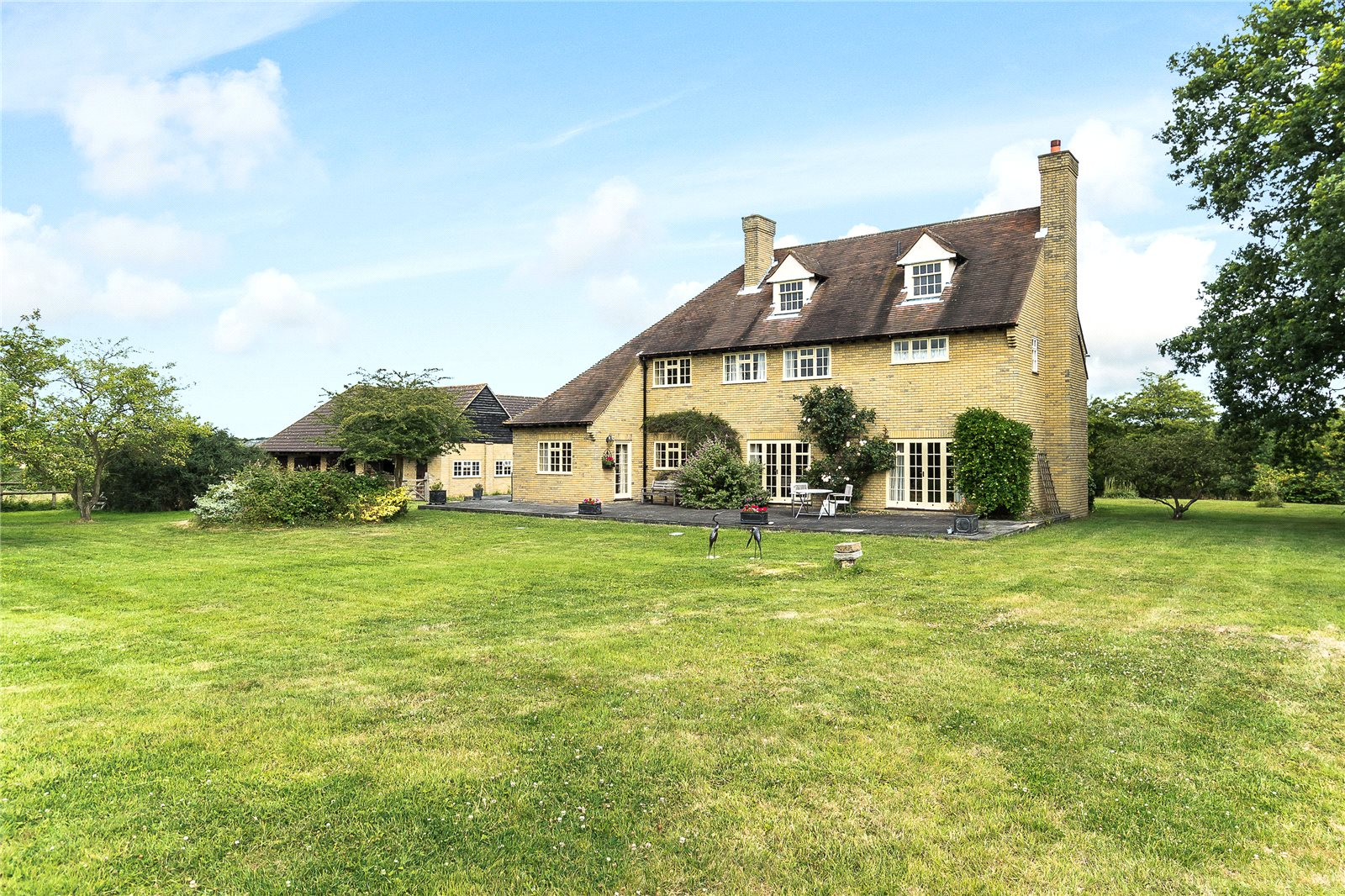 Single Family Home for Sale at Billericay, Essex, CM12 Billericay, England