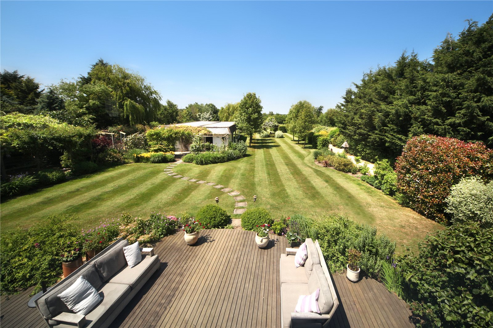 Additional photo for property listing at North Street, Winkfield, Windsor, Berkshire, SL4 Windsor, Inghilterra