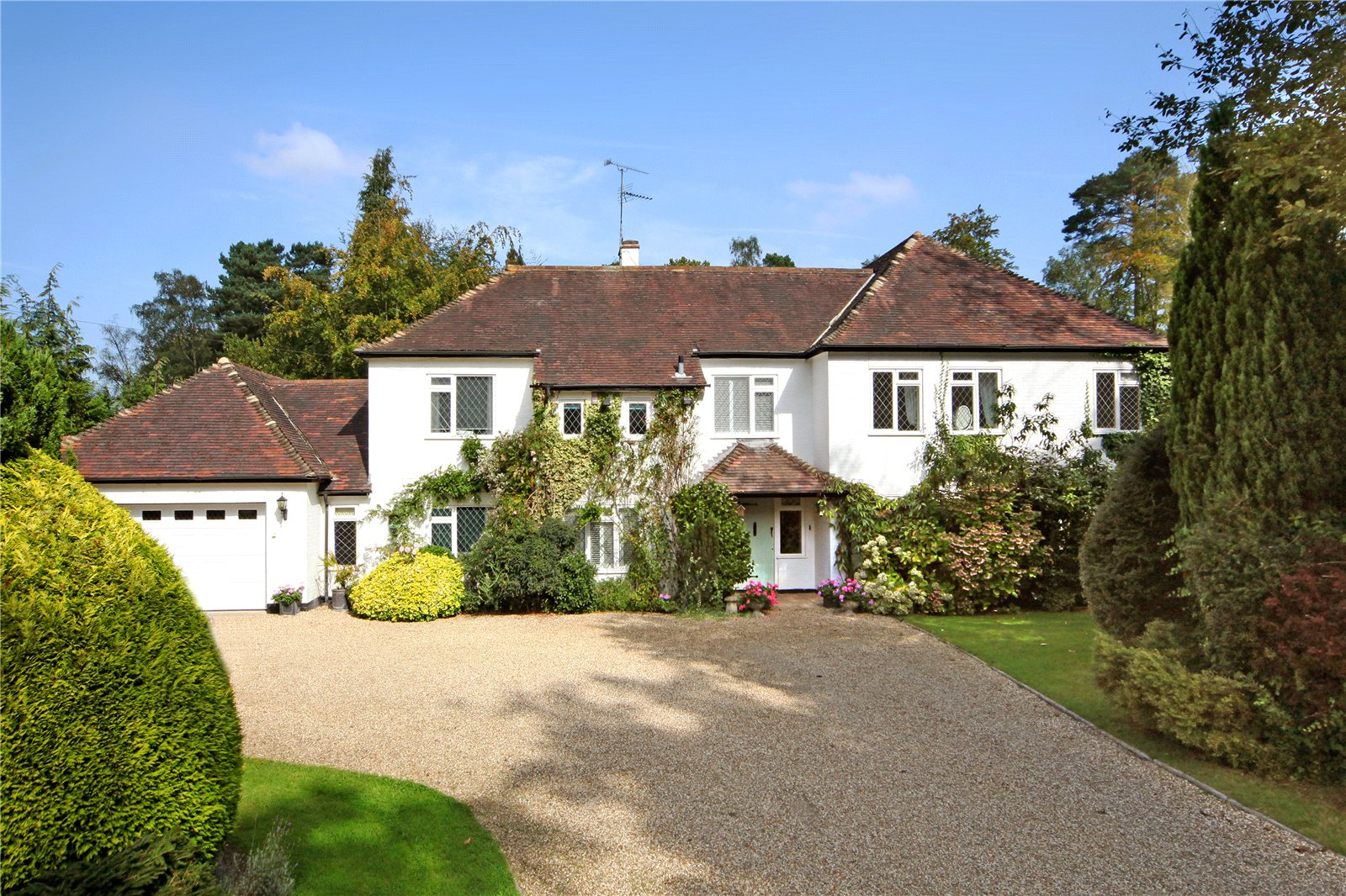 Additional photo for property listing at St. Marys Road, Sunninghill, Berkshire, SL5 Sunninghill, Angleterre