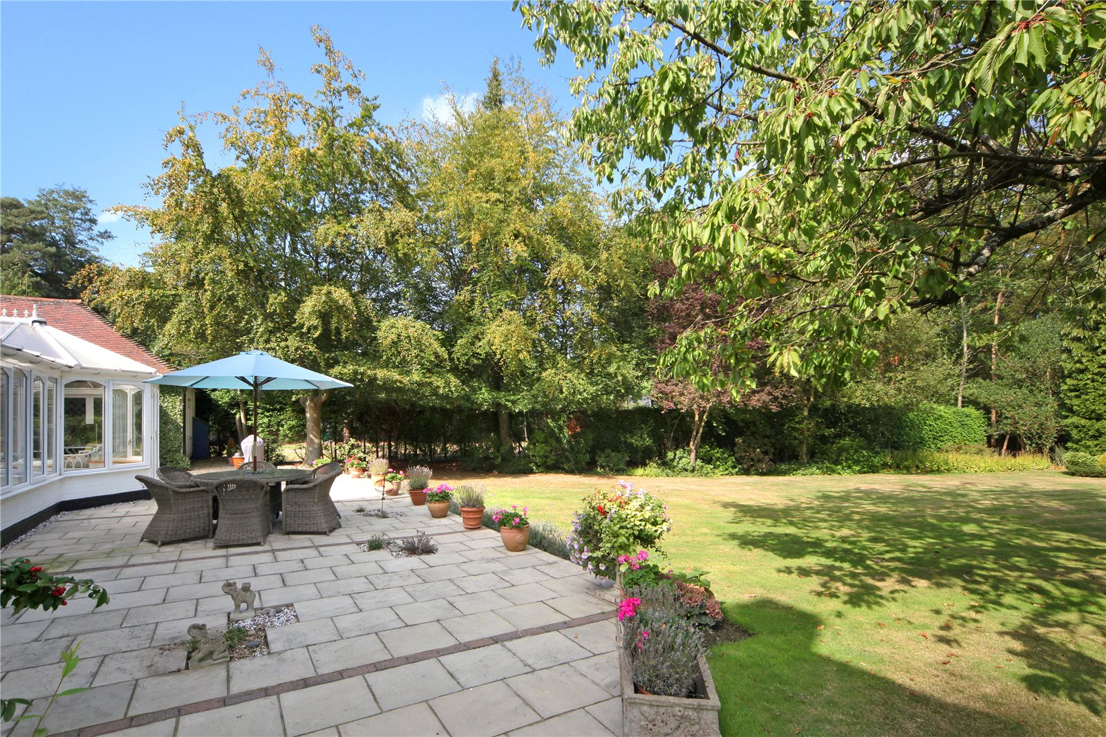 Additional photo for property listing at St. Marys Road, Sunninghill, Berkshire, SL5 Sunninghill, Inglaterra