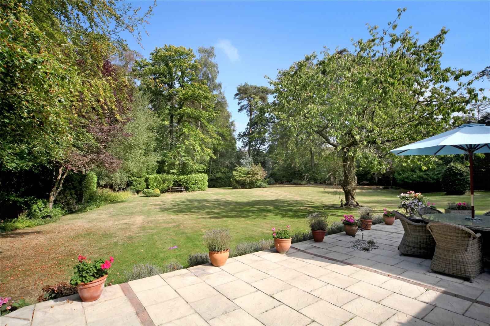 Additional photo for property listing at St. Marys Road, Sunninghill, Berkshire, SL5 Sunninghill, Αγγλια