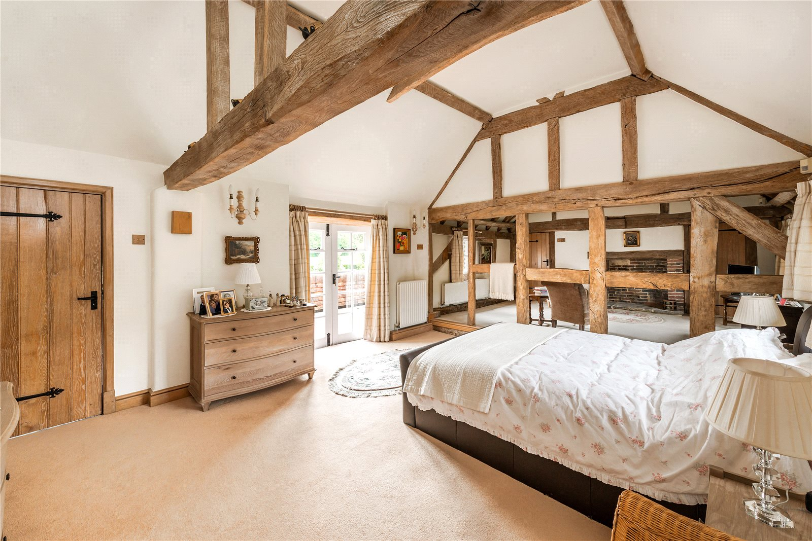 Additional photo for property listing at Crimbourne, Wisborough Green, Billingshurst, West Sussex, RH14 Billingshurst, Inghilterra