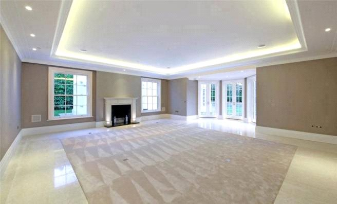 Additional photo for property listing at Waverley Drive, Wentworth, Virginia Water, Surrey, GU25 Virginia Water, England