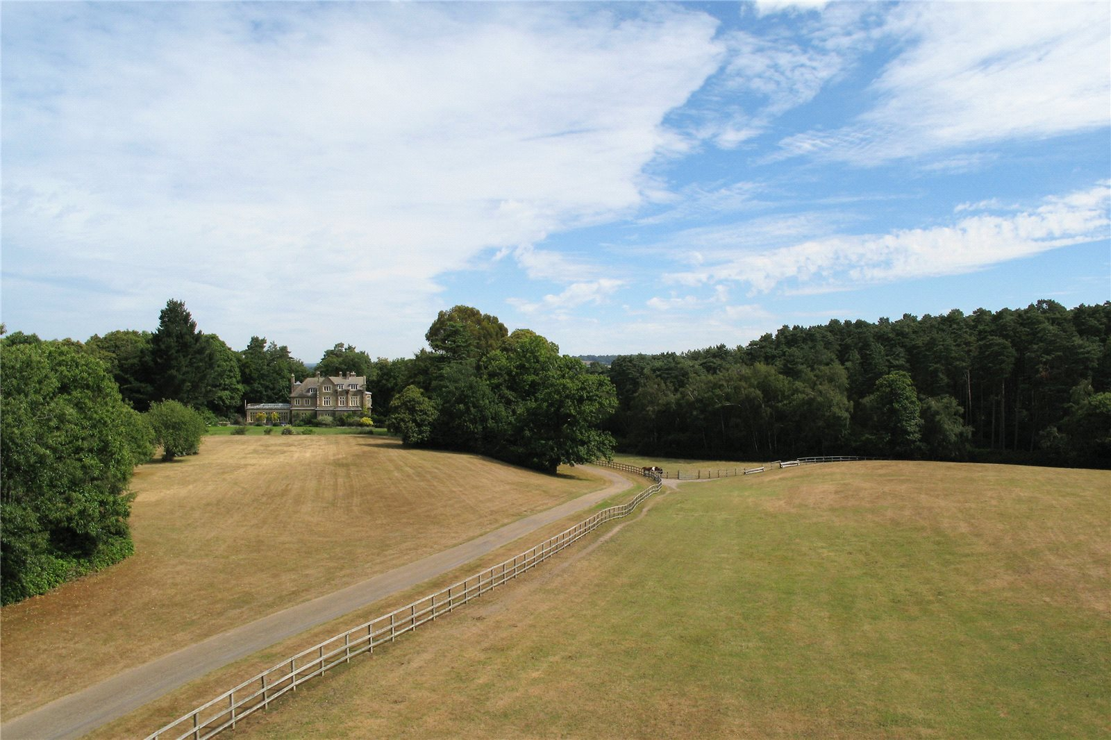 Additional photo for property listing at Graffham, Petworth, West Sussex, GU28 Petworth, England