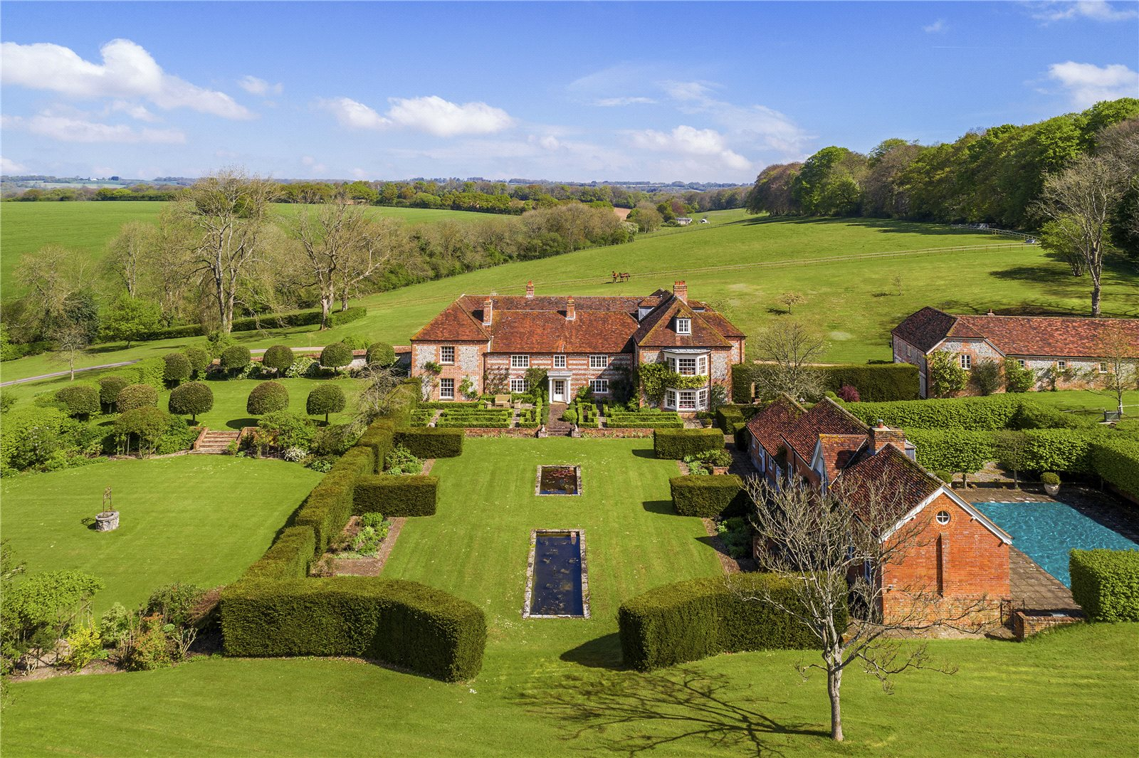 Apartments / Residences for Sale at Biddesden, Andover, Hampshire, SP11 Andover, England