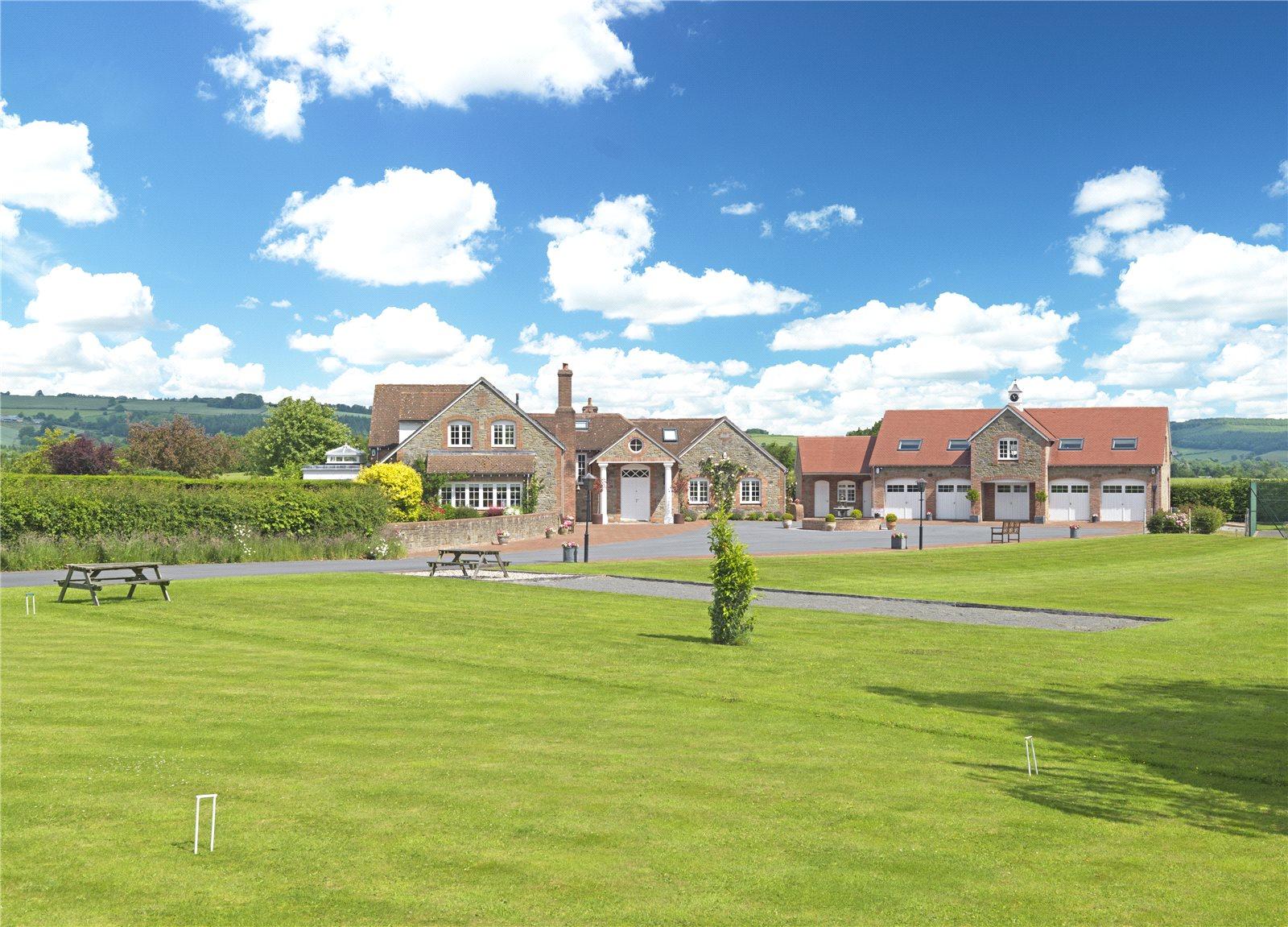 Maison unifamiliale pour l Vente à Bullocks Mill, Lyonshall, Herefordshire, HR5 Wales