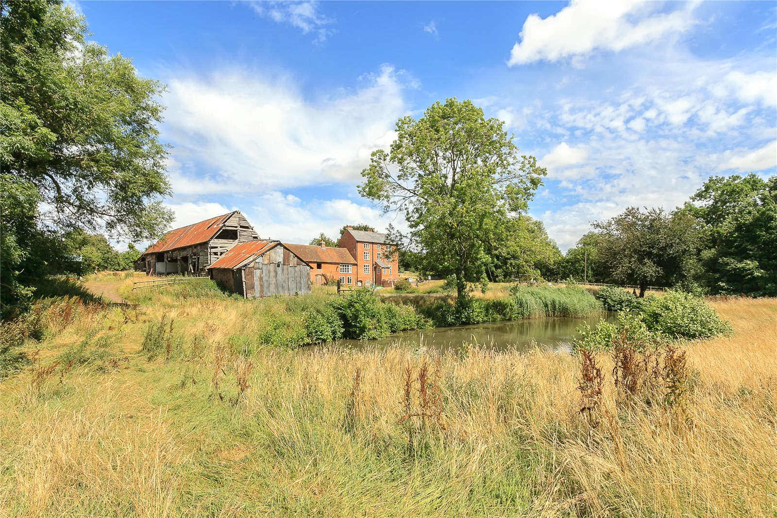 Additional photo for property listing at Oldwood Common, Tenbury Wells, Worcestershire, WR15 Tenbury Wells, Engeland