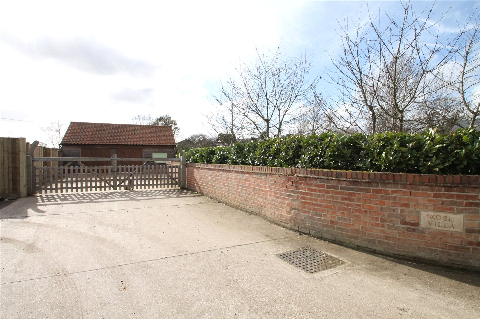 Additional photo for property listing at Sudborough Road, Brigstock, Kettering, Northamptonshire, NN14 Kettering, Англия