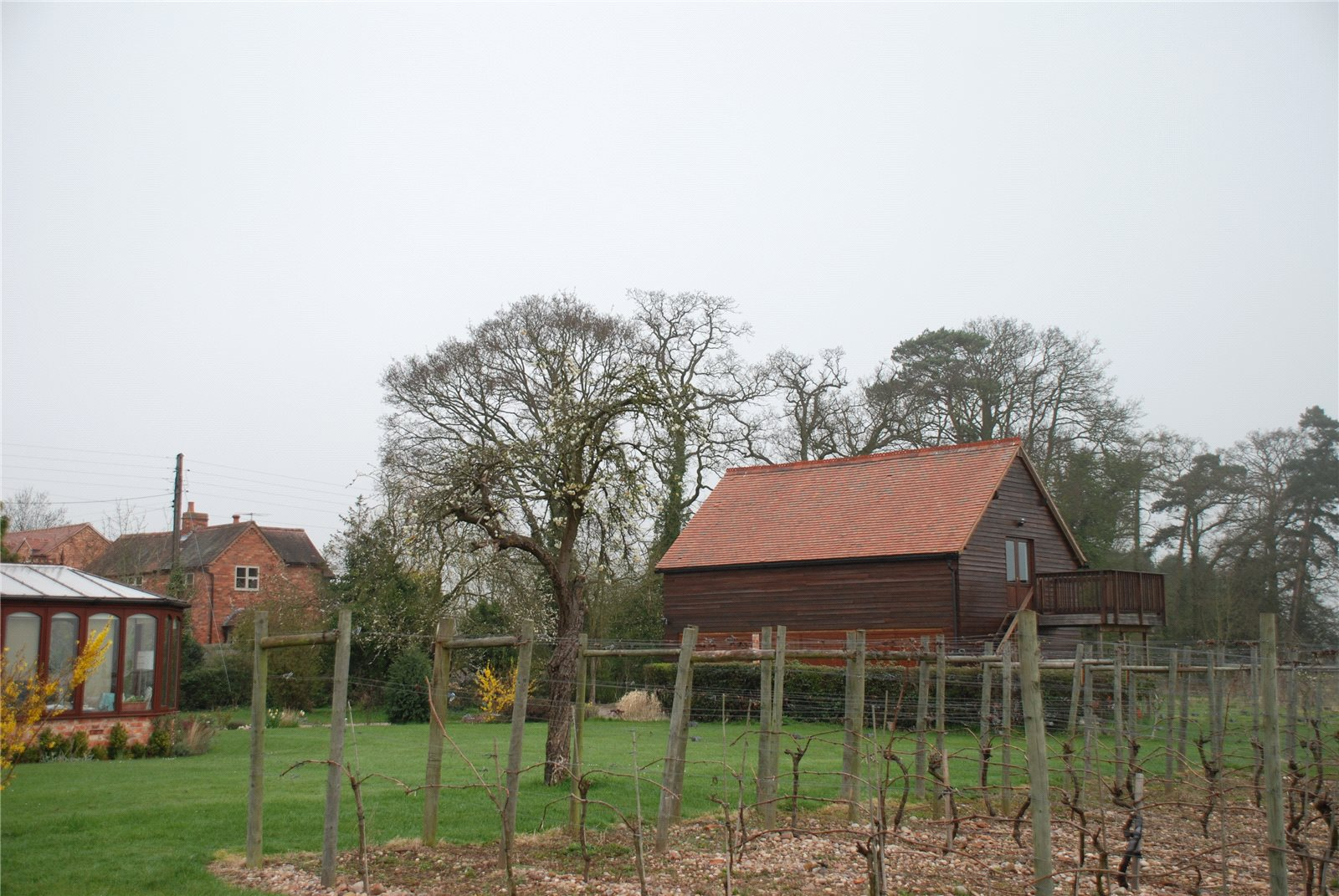 Additional photo for property listing at Kings Lane, Snitterfield, Stratford-upon-Avon, Warwickshire, CV37 Stratford Upon Avon, England