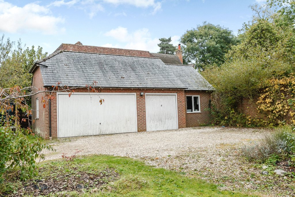 Additional photo for property listing at Newbury Road, Wickham, Newbury, Berkshire, RG20 Newbury, 英格蘭