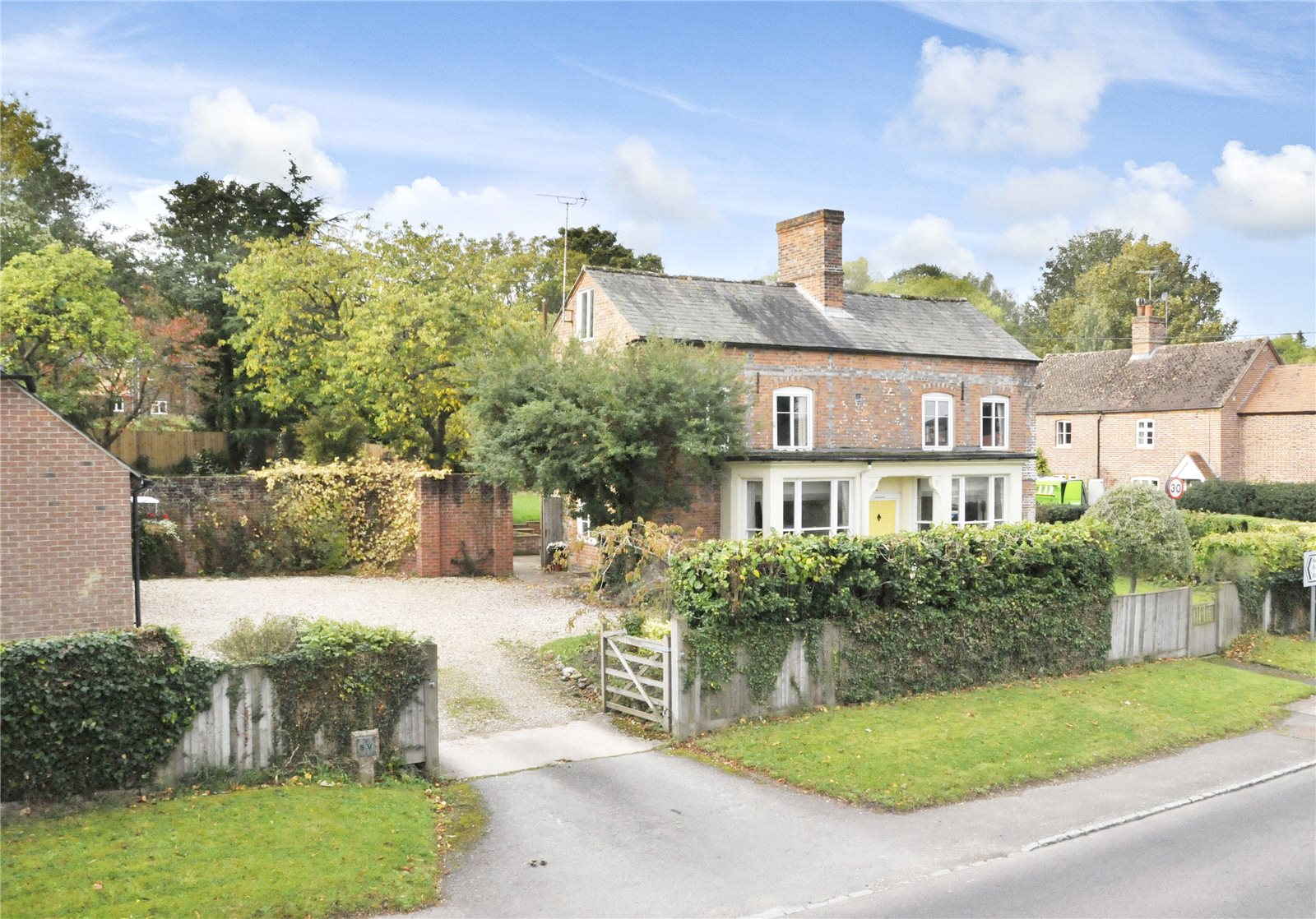 獨棟家庭住宅 為 出售 在 Newbury Road, Wickham, Newbury, Berkshire, RG20 Newbury, 英格蘭