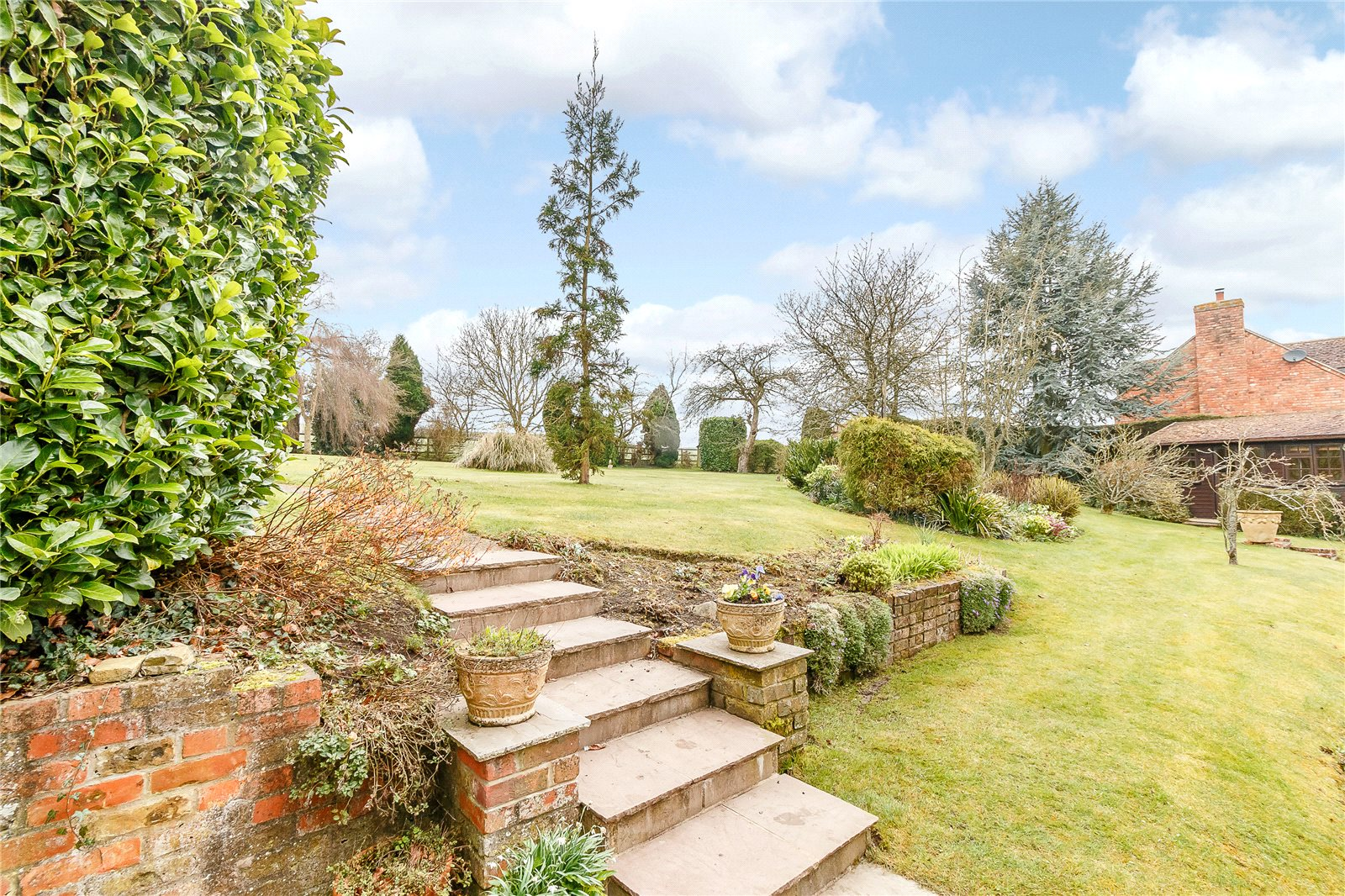 Additional photo for property listing at Lambourn Road, Weston, Newbury, Berkshire, RG20 Newbury, Anh Quốc
