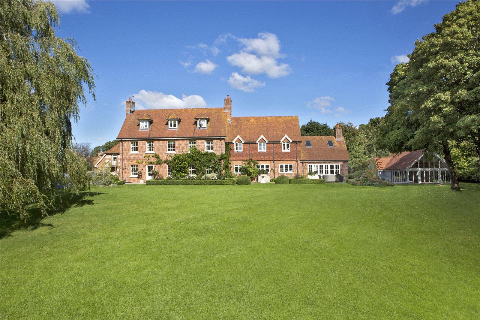 Single Family Home for Sale at Hamstead Marshall, Newbury, Berkshire, RG20 Newbury, England