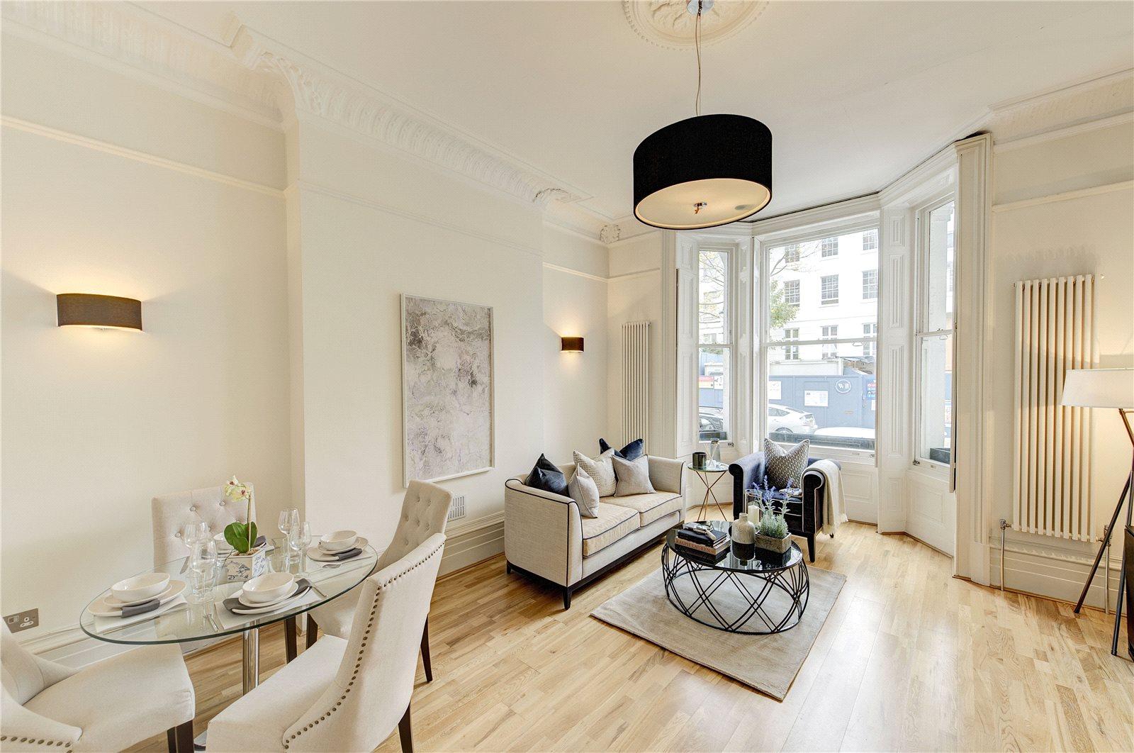 公寓 为 销售 在 Ladbroke Terrace, Notting Hill, W11 Notting Hill, 英格兰