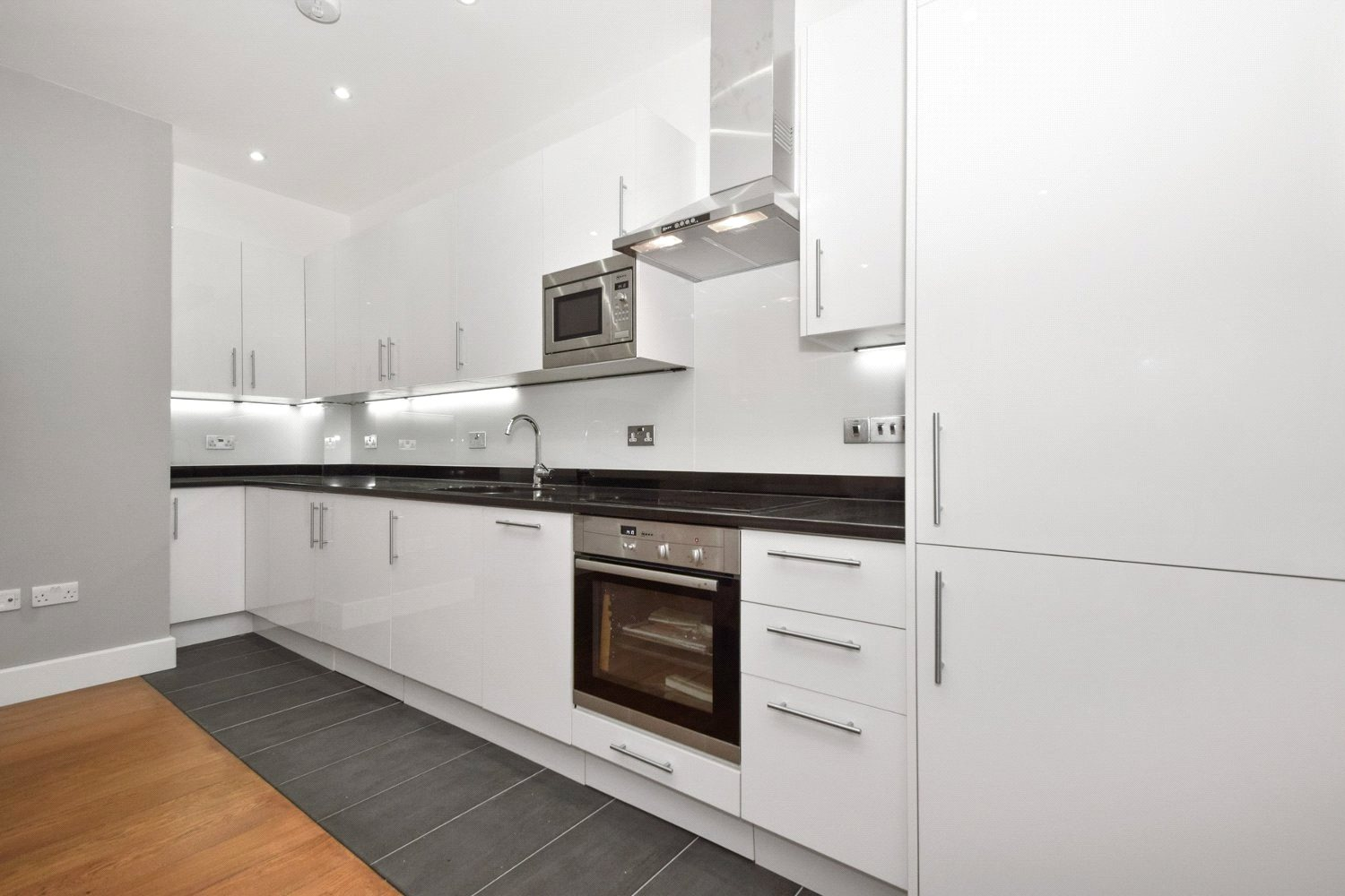 Additional photo for property listing at Clanricarde Gardens, Notting Hill, London, W2 Notting Hill, London, England