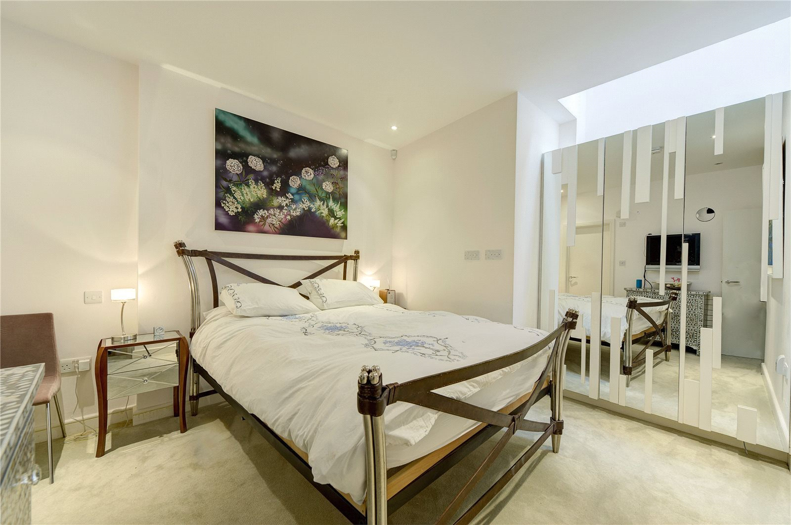 Additional photo for property listing at St. Michaels Street, London, W2 London, England