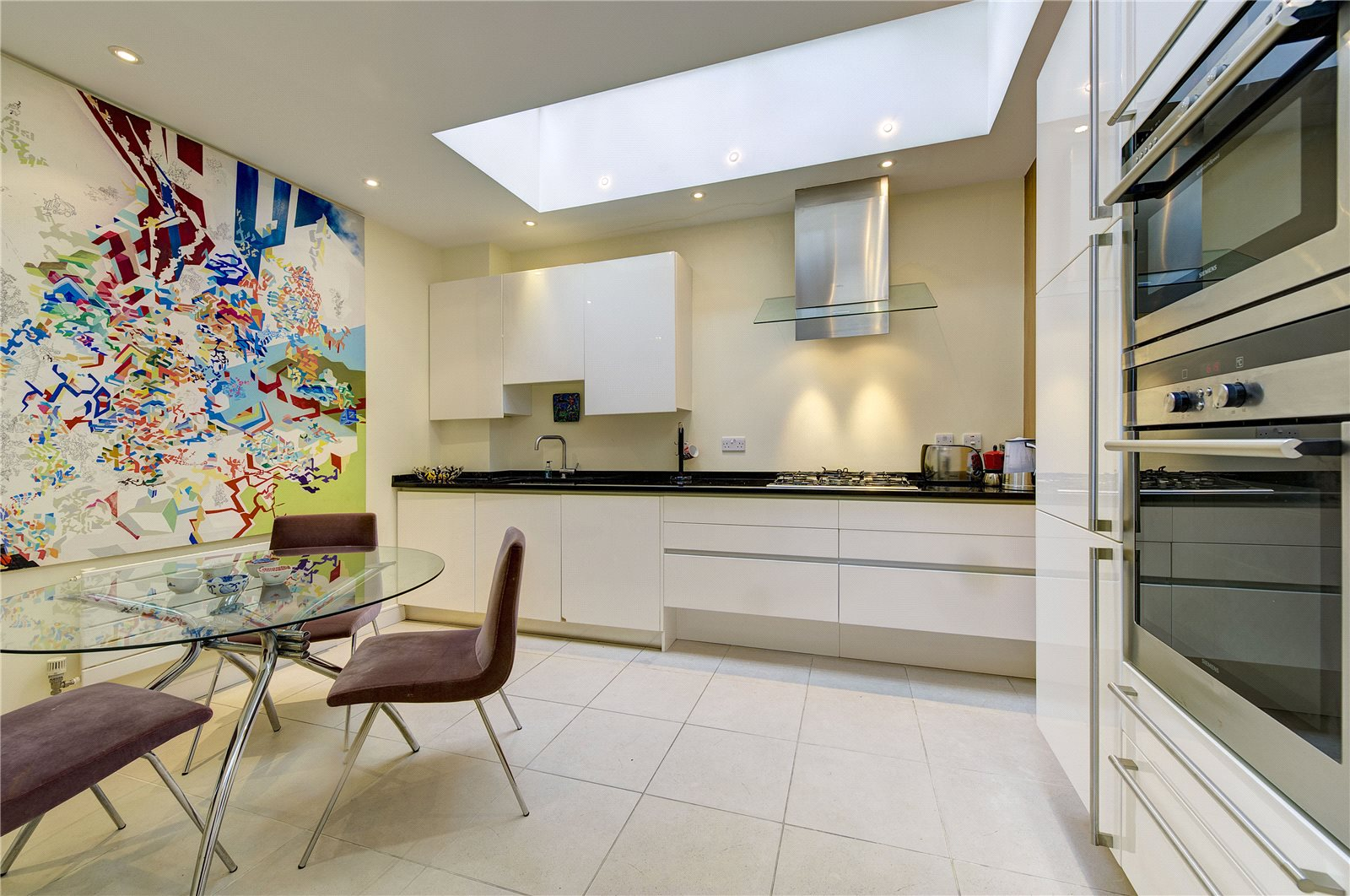 Additional photo for property listing at St. Michaels Street, London, W2 London, イギリス