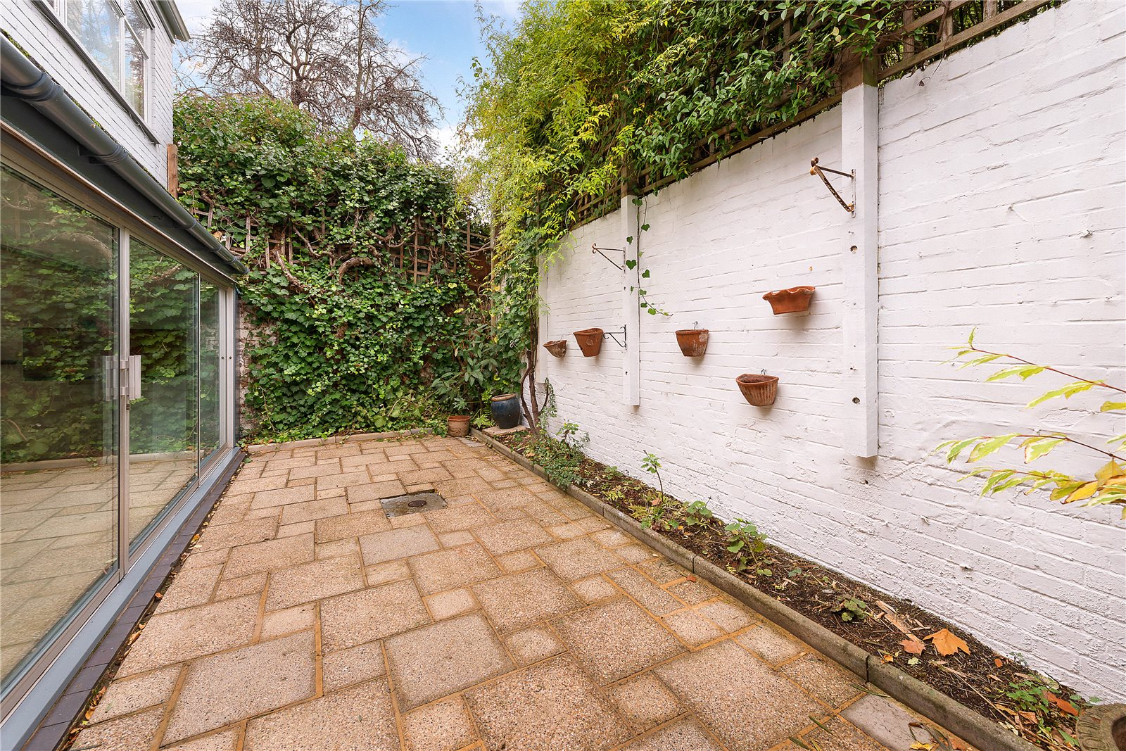 Additional photo for property listing at Boyne Terrace Mews, Holland Park, London, W11 Holland Park, London, Inglaterra