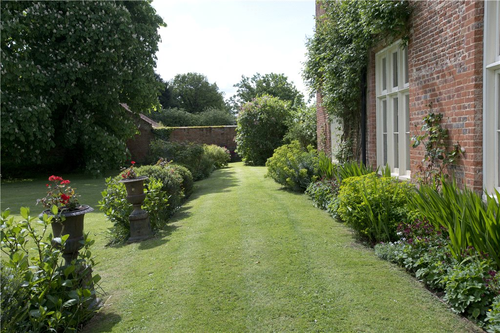 Additional photo for property listing at East Tuddenham, Near Barnham Broom, Norfolk, NR20 Norfolk, England