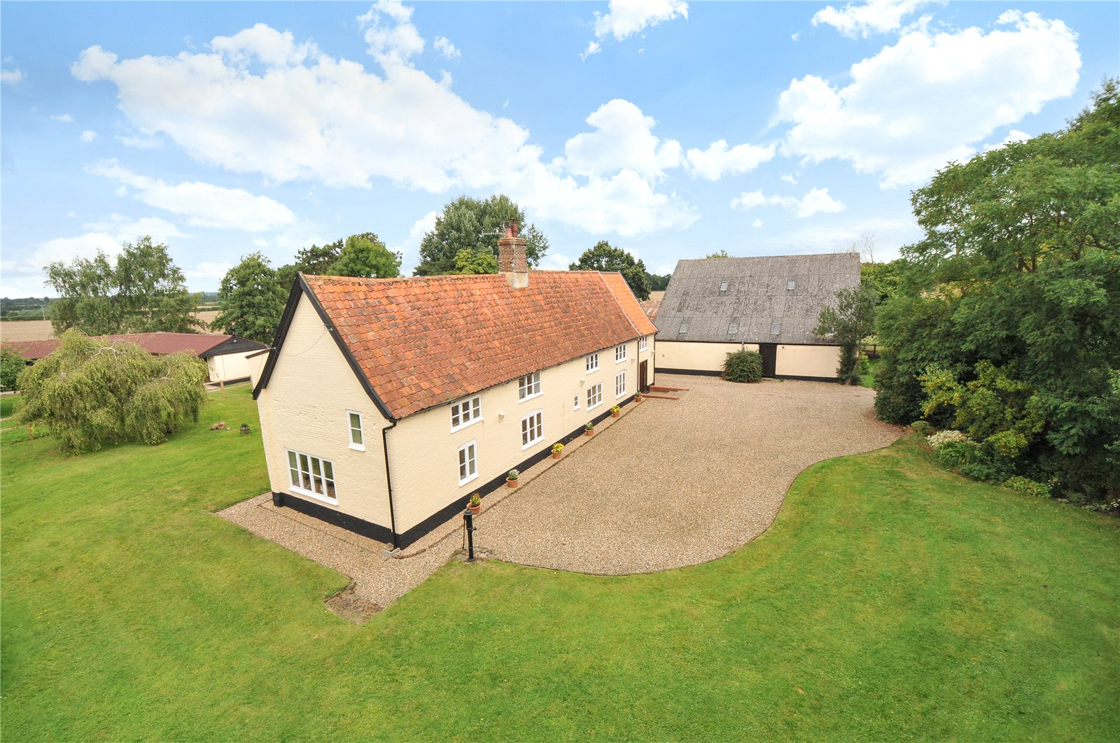 Additional photo for property listing at Ringsfield Road, Beccles, Suffolk, NR34 Beccles, Inghilterra