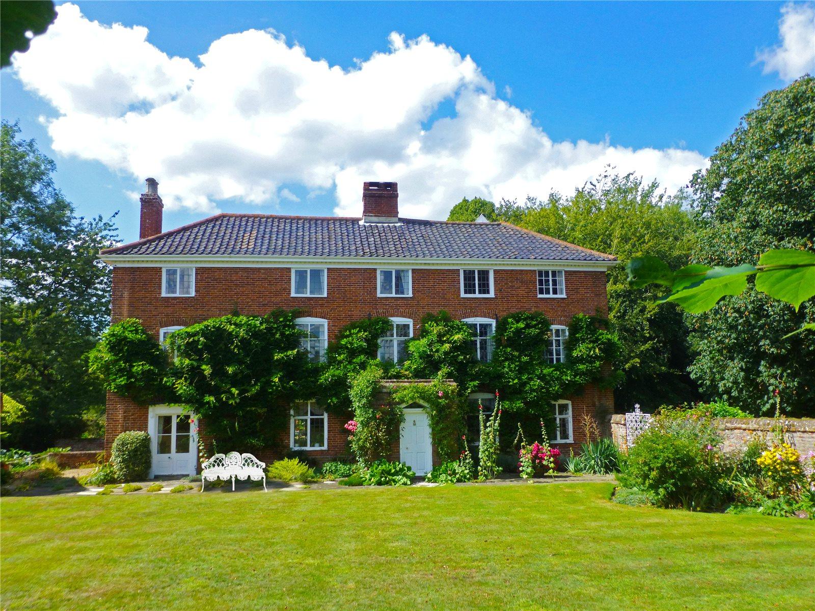 Casa Unifamiliar por un Venta en Low Road, Tasburgh, Norwich, NR15 Norwich, Inglaterra