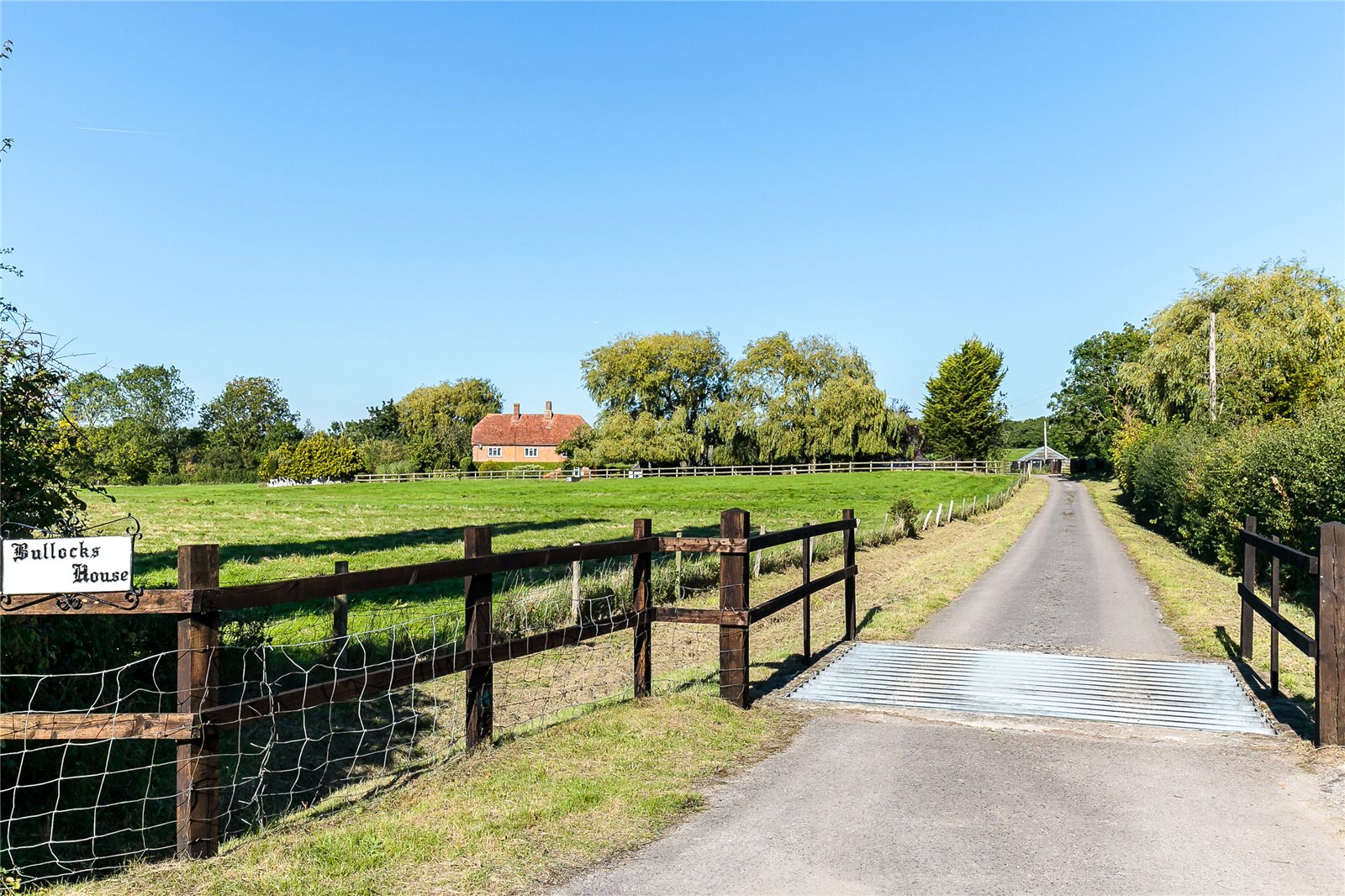 Additional photo for property listing at Hillside, Odiham, Hook, Hampshire, RG29 Hook, 英格兰