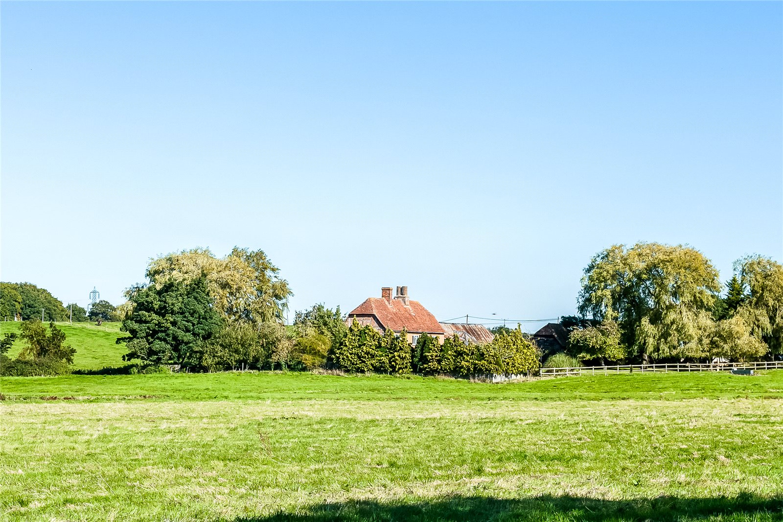 Additional photo for property listing at Hillside, Odiham, Hook, Hampshire, RG29 Hook, Англия