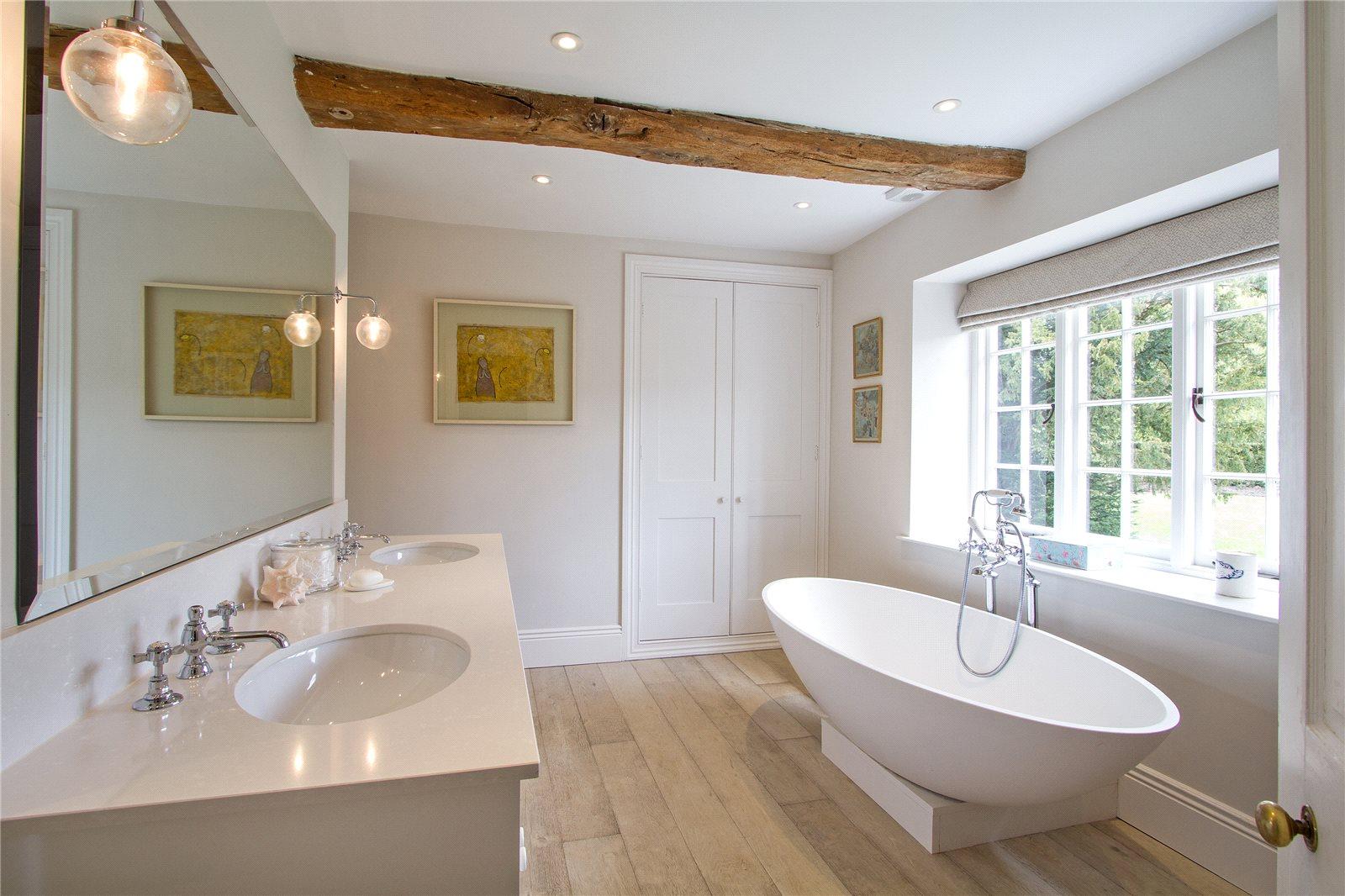 Additional photo for property listing at Manor Farm House, Lasham, Alton, Hampshire, GU34 Alton, Inglaterra
