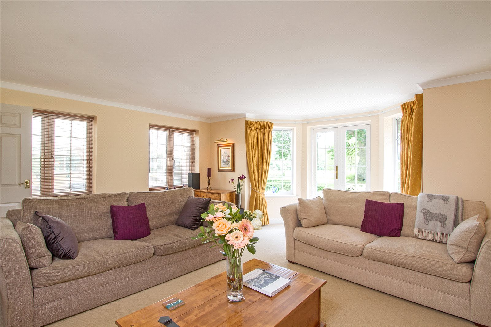 Additional photo for property listing at Broad Oak, Odiham, Hook, Hampshire, RG29 Hook, Engeland
