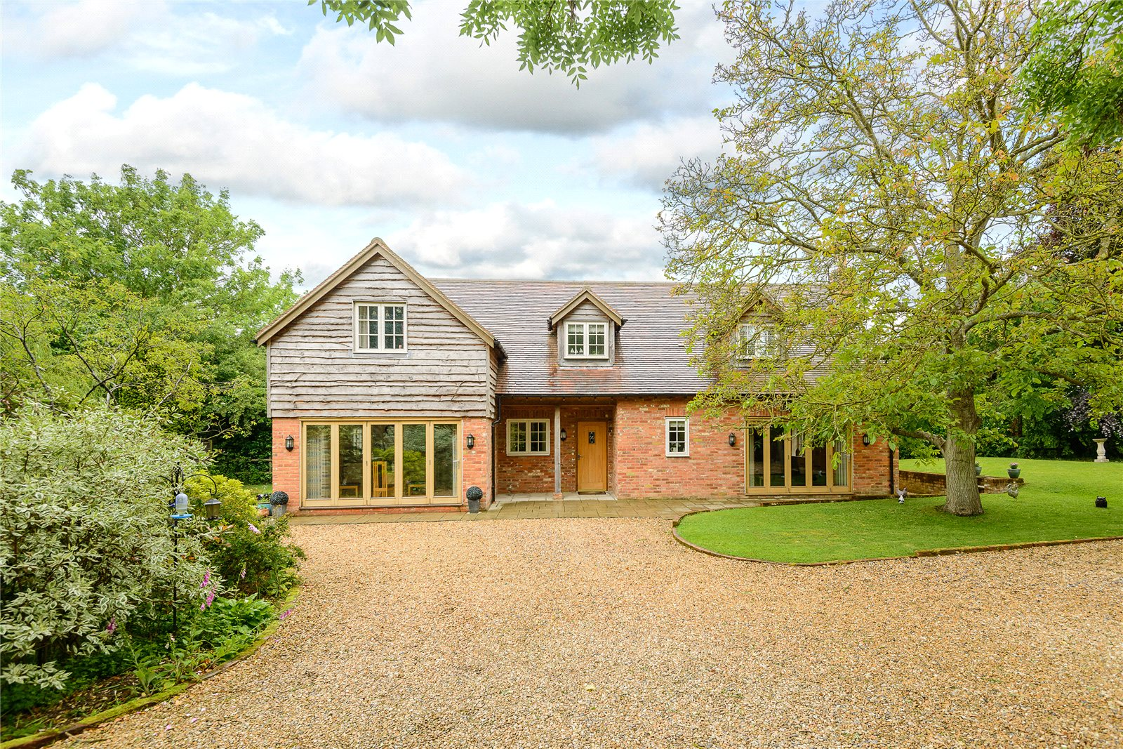 Vivienda unifamiliar por un Venta en Hook Road, North Warnborough, Hook, Hampshire, RG29 Hook, Inglaterra
