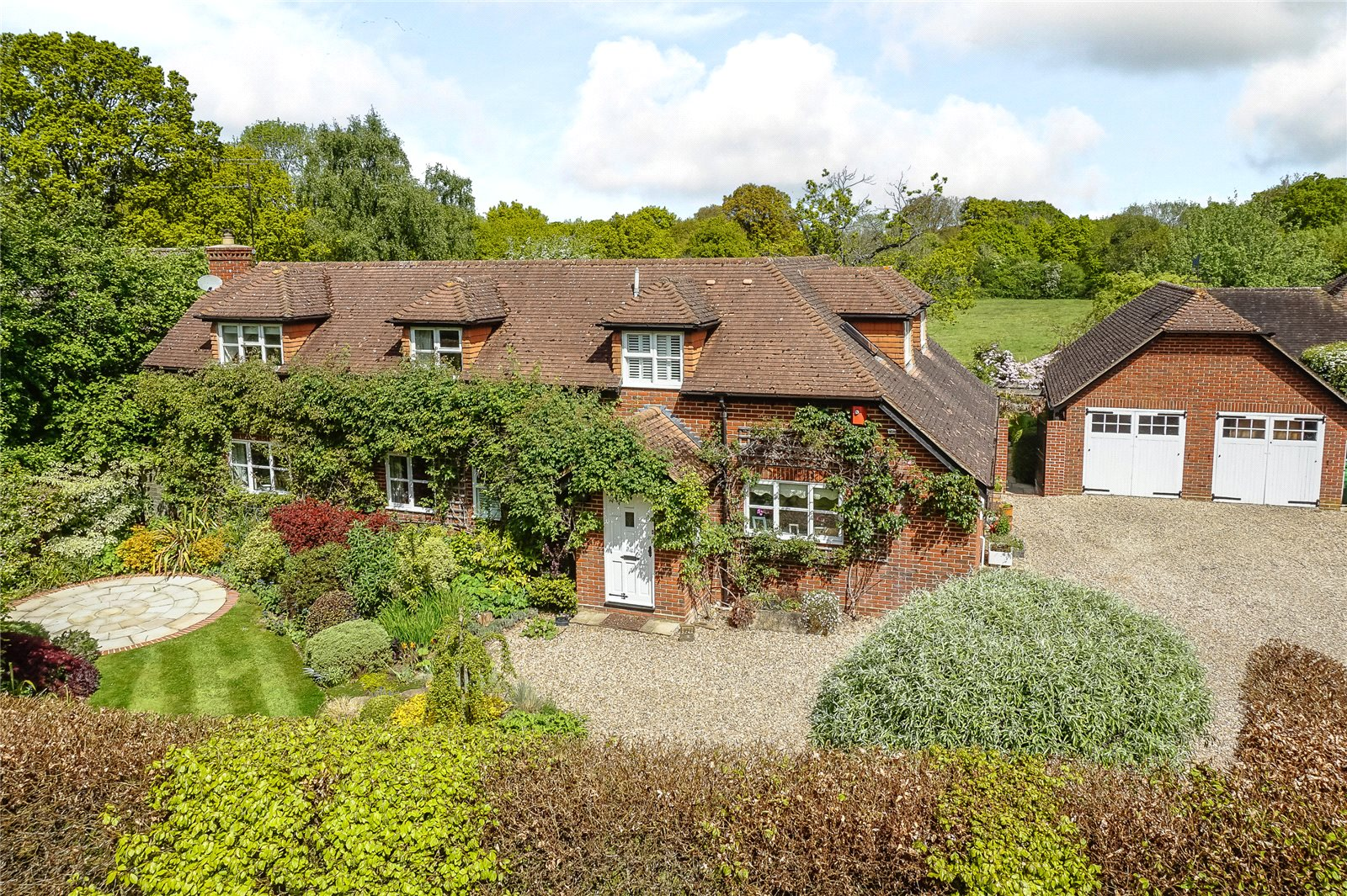 Μονοκατοικία για την Πώληση στο Newnham Road, Newnham, Hook, Hampshire, RG27 Hook, Αγγλια