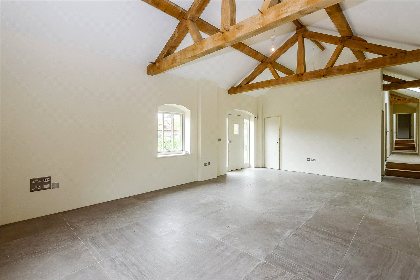 Additional photo for property listing at The Street, Greywell, Hook, Hampshire, RG29 Hook, Αγγλια