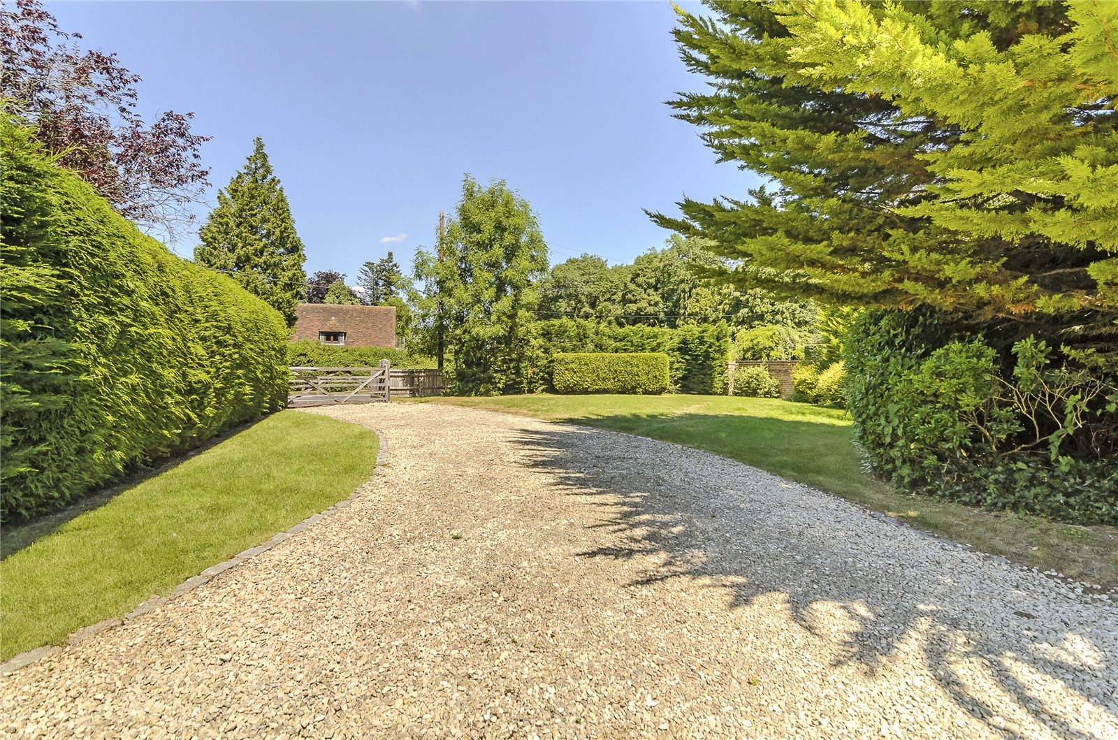 Additional photo for property listing at Pilcot Hill, Dogmersfield, Hook, Hampshire, RG27 Hook, Αγγλια