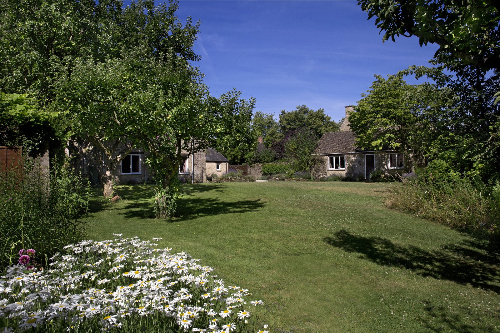 Additional photo for property listing at Hailey, Witney, Oxfordshire, OX29 Witney, イギリス