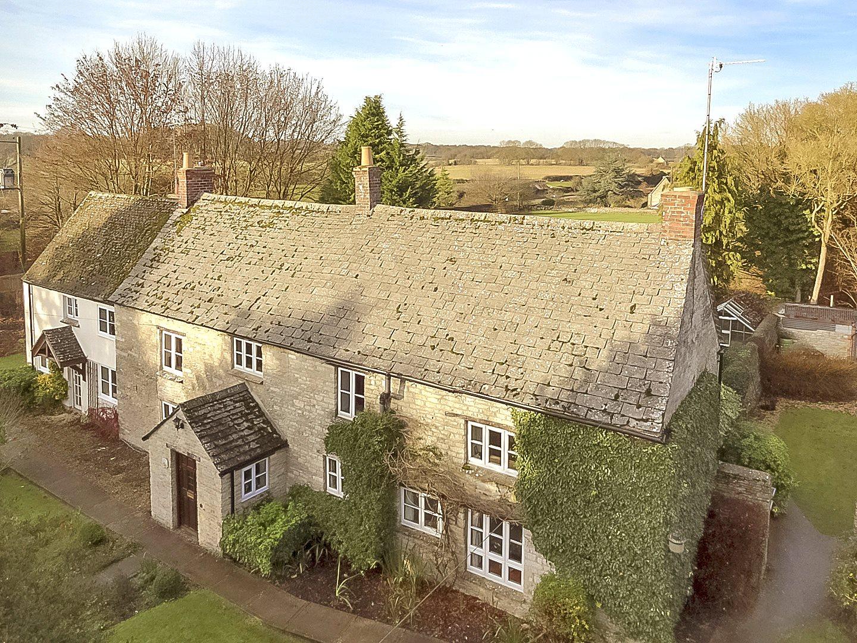 Частный дом для того Продажа на Nr Ramsden, Witney, Oxfordshire, OX29 Witney, Англия