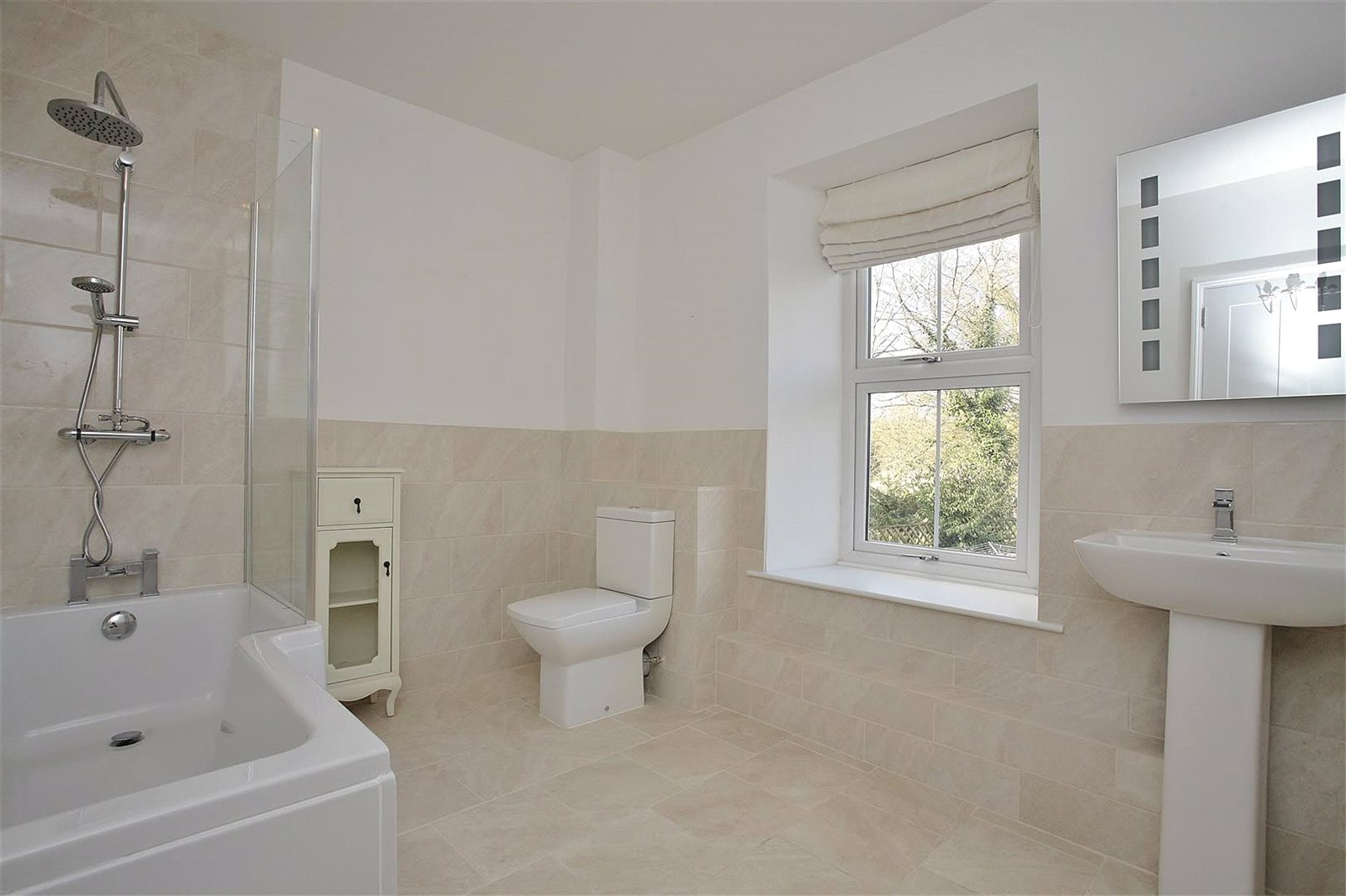 Additional photo for property listing at Bampton Road, Clanfield, Oxfordshire, OX18 Clanfield, 英格兰