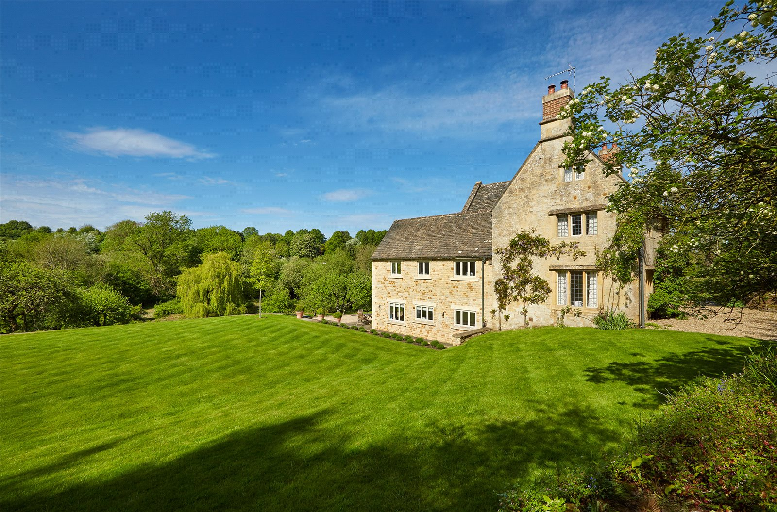 Additional photo for property listing at Church End, Swerford, Chipping Norton, Oxfordshire, OX7 Chipping Norton, England