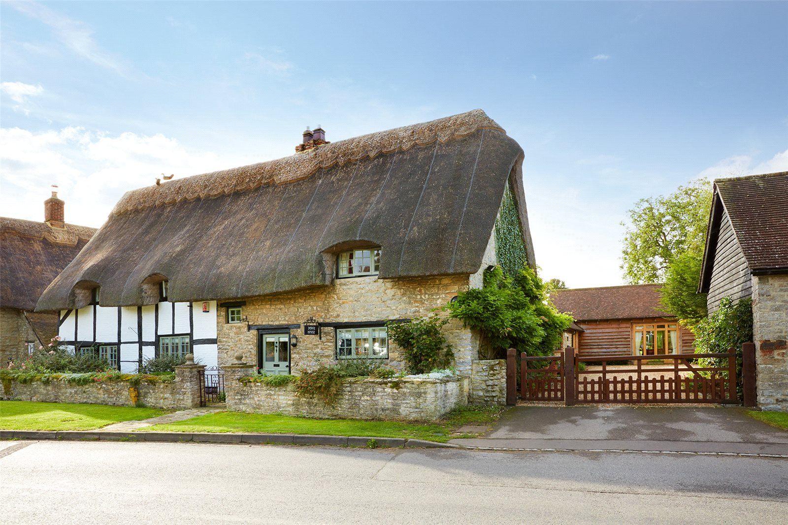 Частный дом для того Продажа на Church Street, Marsh Gibbon, Bicester, Oxfordshire, OX27 Bicester, Англия