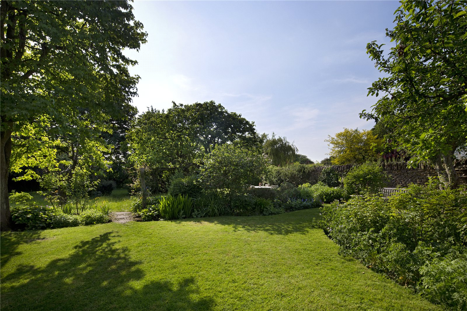 Additional photo for property listing at Appleton Road, Cumnor, Oxford, OX2 Anh Quốc