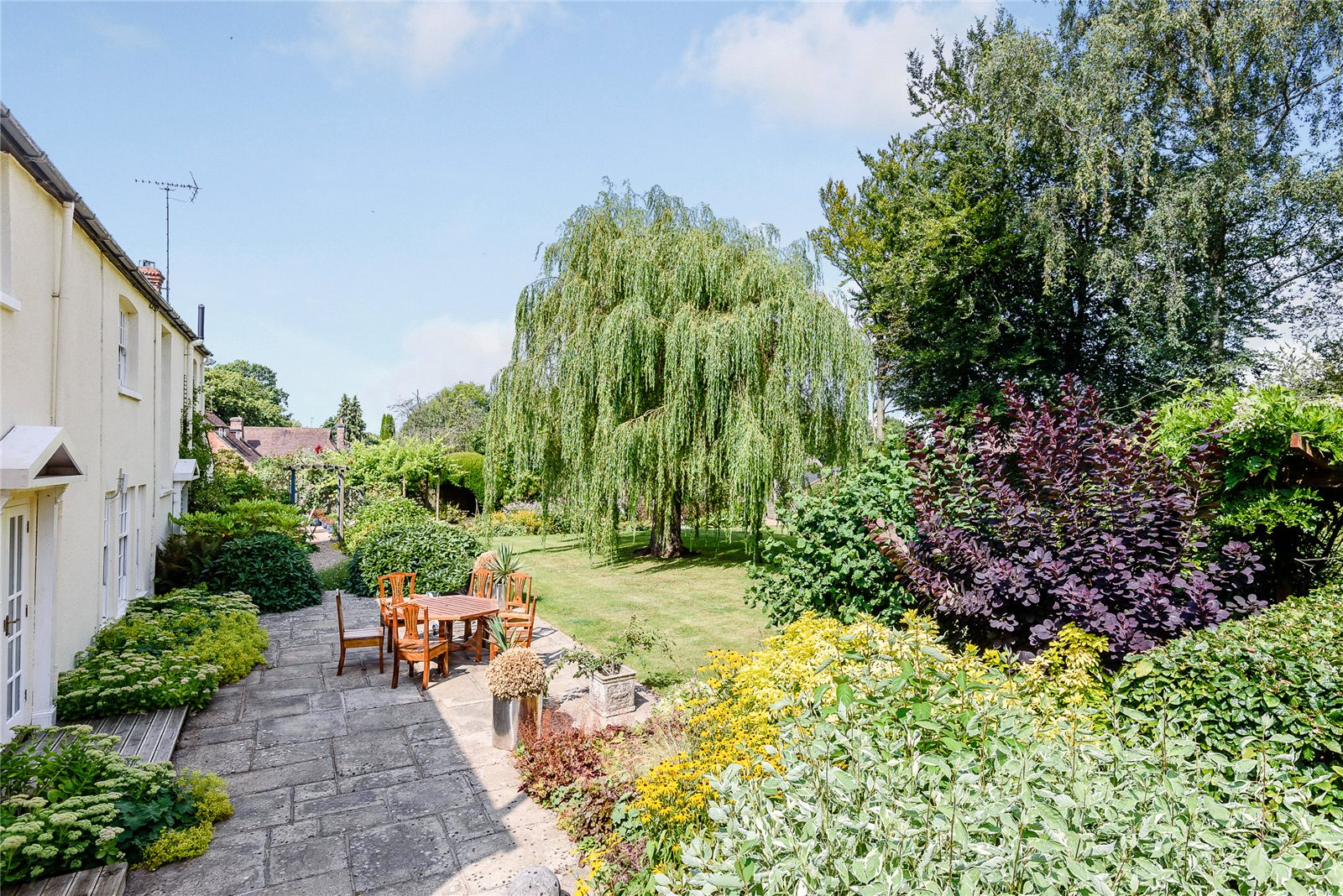 Additional photo for property listing at Crays Pond, Reading, Oxfordshire, RG8 Reading, Inglaterra