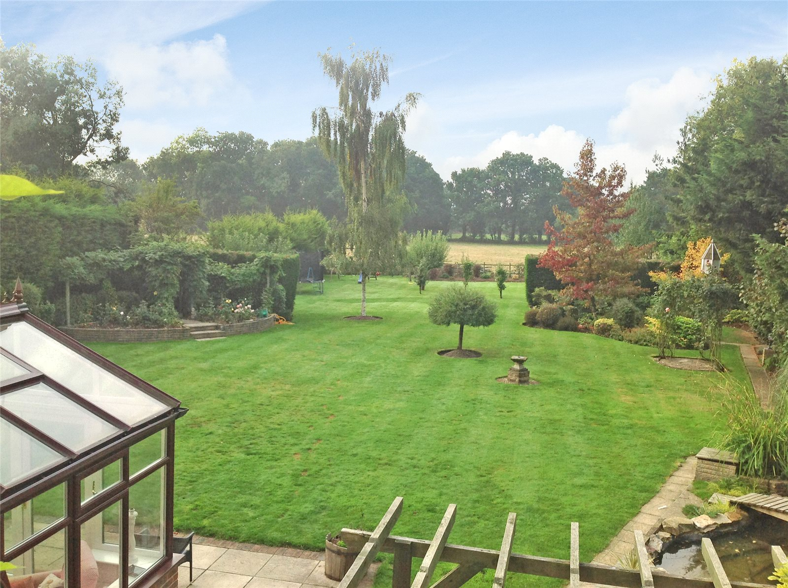 Additional photo for property listing at The Hatch, Burghfield, Reading, Berkshire, RG30 Reading, Inglaterra