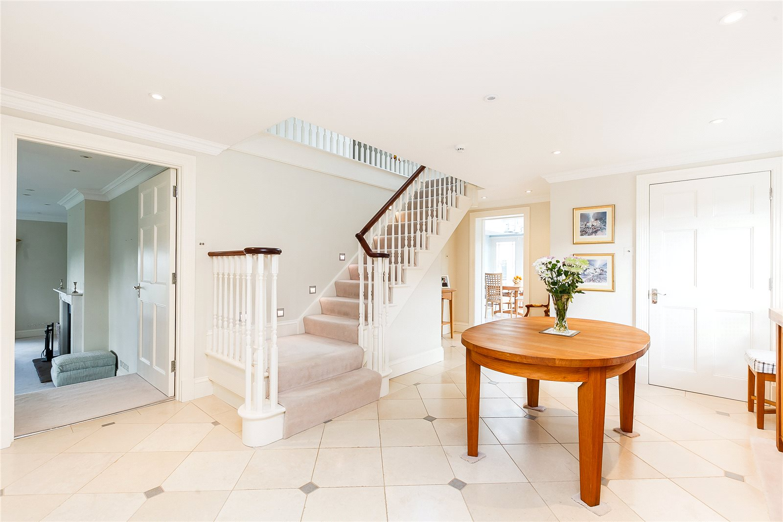 Additional photo for property listing at Shirvells Hill, Goring Heath, Nr Woodcote, Reading, RG8 Reading, England