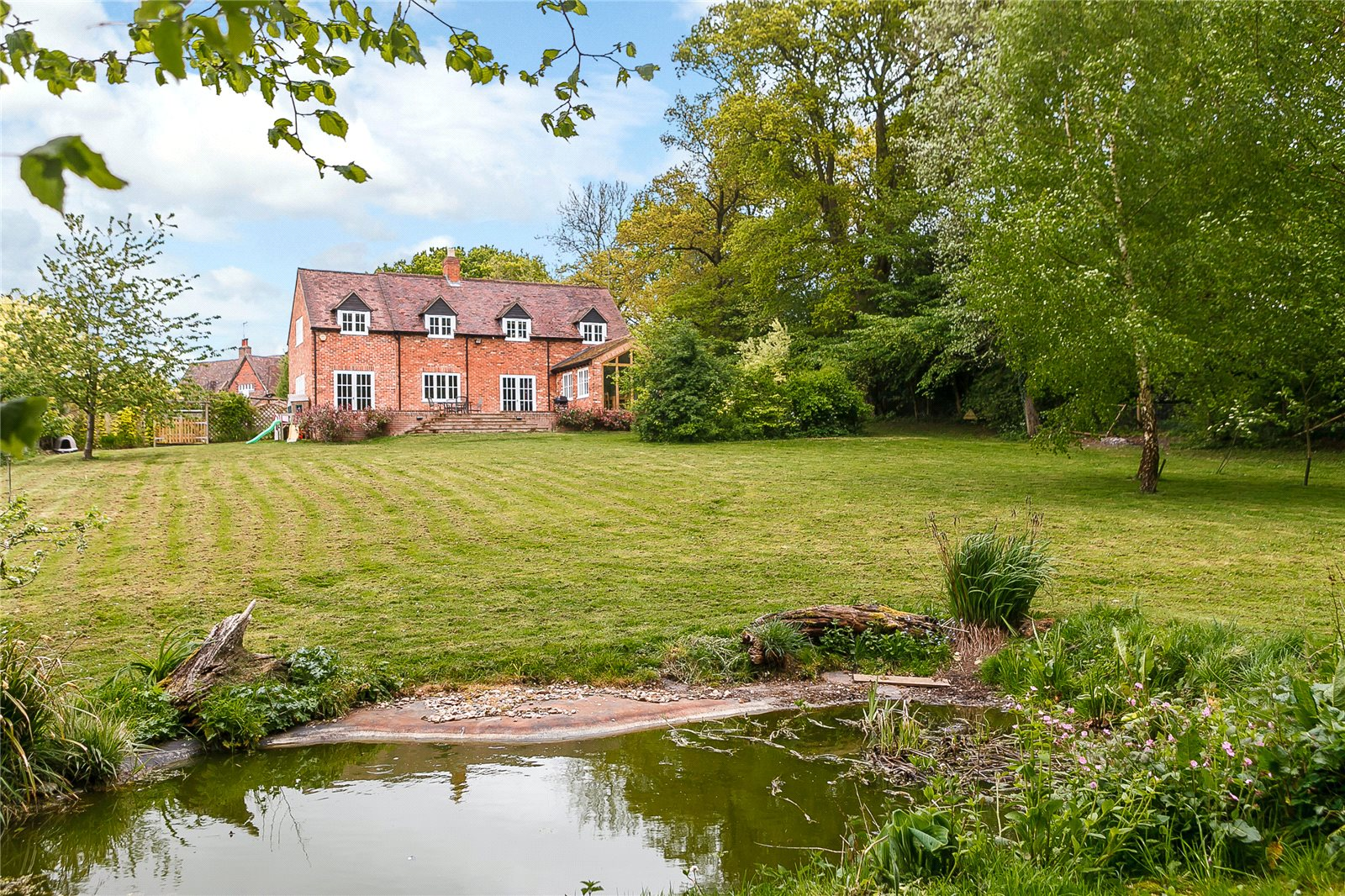 Additional photo for property listing at Cold Harbour, Goring Heath, Reading, RG8 Reading, England