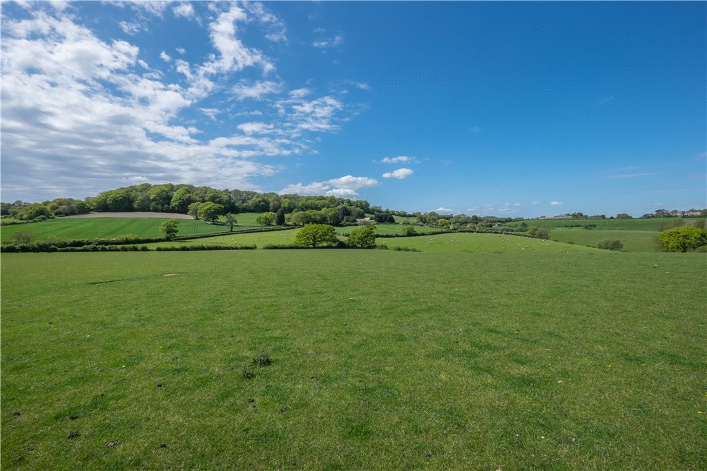 Additional photo for property listing at Carisbrooke, Newport, Isle of Wight, PO30 Newport, Inghilterra