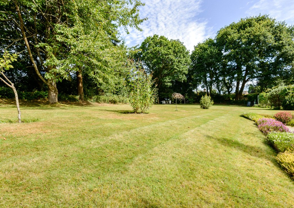 Additional photo for property listing at Rowe Hill, Holt, Wimborne, Dorset, BH21 Wimborne, Engeland