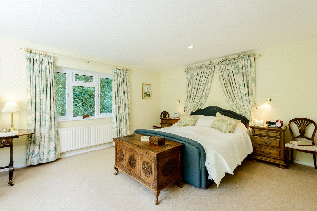 Additional photo for property listing at Rowe Hill, Holt, Wimborne, Dorset, BH21 Wimborne, England